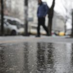 Meteo. Scad temperaturile în România: ploi în multe zone ale țării