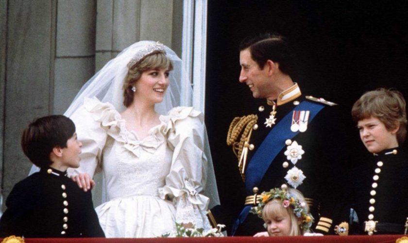 Rochia de mireasă a Prințesei Diana a fost expusă la Palatul Kensington. Până când poate fi admirată