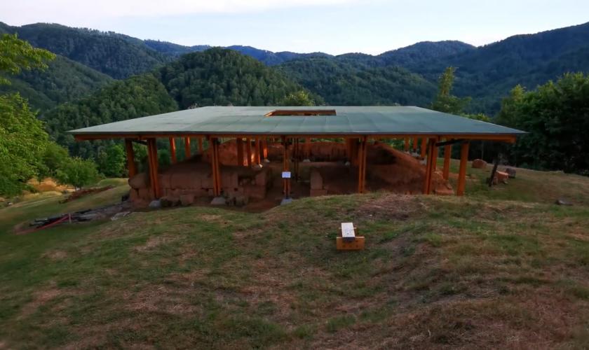 Cetatea dacică Costeşti arată ireal. Schimbarea majoră adusă comorii din Munții Orăștiei VIDEO