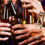 Secretul băuturii petrecăreților s-a aflat. Asta consumă toți românii când ies în oraș