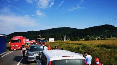 Accident teribil între două microbuze și un autoturism. A fost activat Planul Roșu de Intervenție