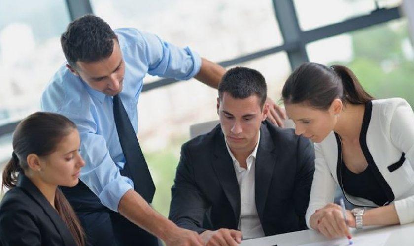 Schimbare majoră pentru angajați. Ce le oferă șefii, spontan, pentru a le mări productivitatea