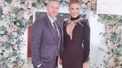 Bărbatul misterios care a apărut la nunta de cristal a Anamariei Prodan. Cine este și care este legătura dintre el și soția lui Reghe EXCLUSIV