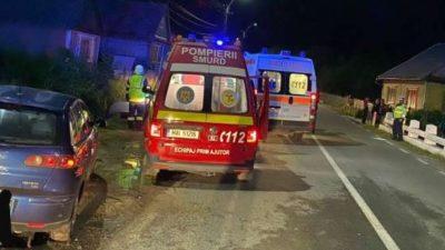 Accident cumplit pe DN 17C, între două autoturisme. Opt tineri au fost implicaţi, iar doi au fost transportaţi la spital