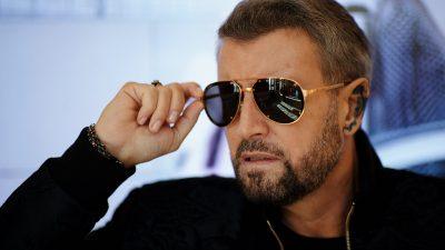 """Cătălin Botezatu, atac la fizicul unui mare cântăreț al României: """"Nu poate nega"""" (exclusiv)"""
