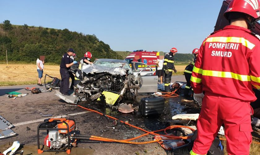 Accident grav în Bacău. Şapte persoane au murit, printre care doi copii. A fost activat planul roşu