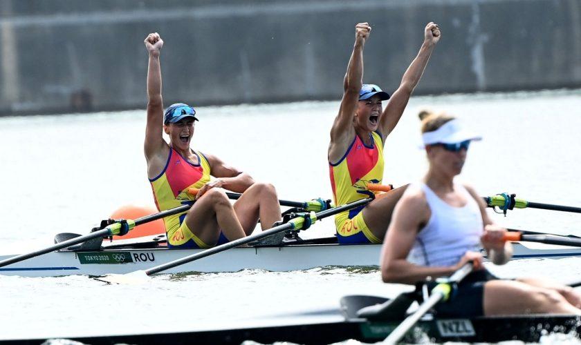 Ce sume vor câștiga Ancuța Bodnar și Simona Radiș după aurul de la JO 2020. Cu câți bani își premiază alte țări medaliații olimpici