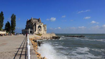 Mesajul halucinant transmis de primarul Constanţei tuturor turiştilor care critică lărgirea plajei din Mamaia. Românii vor fi revoltaţi