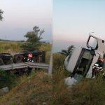 Tone de lapte, scurse  pe câmp, după un grav accident rutier produs pe autostrada A1