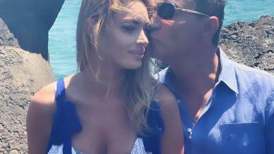Cum s-a distrat Cristi Borcea alături de Valentina Pelinel. Apariție surpriză în vacanța de pe litoral