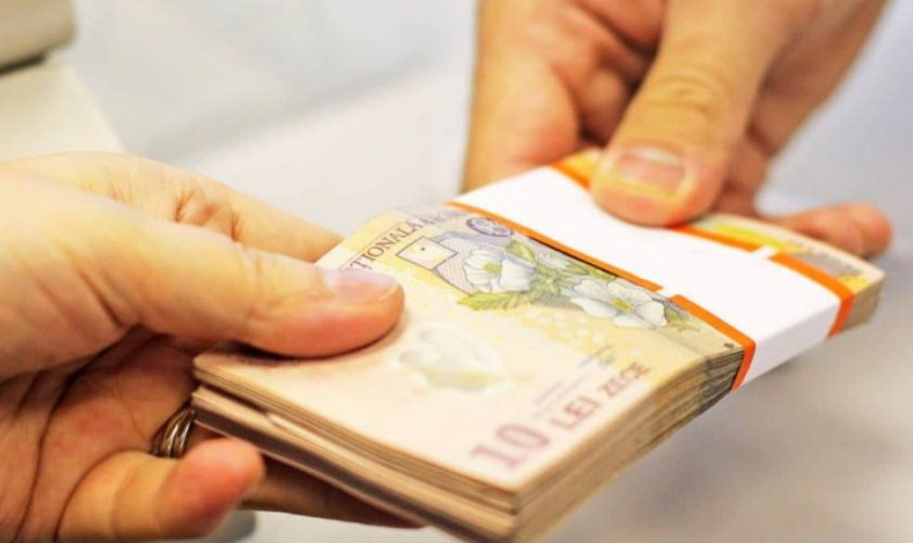 50% dintre români vor să plătească pe datorie. Studiul care confirmă alegerile oamenilor