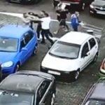 Bătaie cruntă în parcarea unui Mall din Craiova. Doi bărbați s-au luat la bătaie pentru un loc de parcare