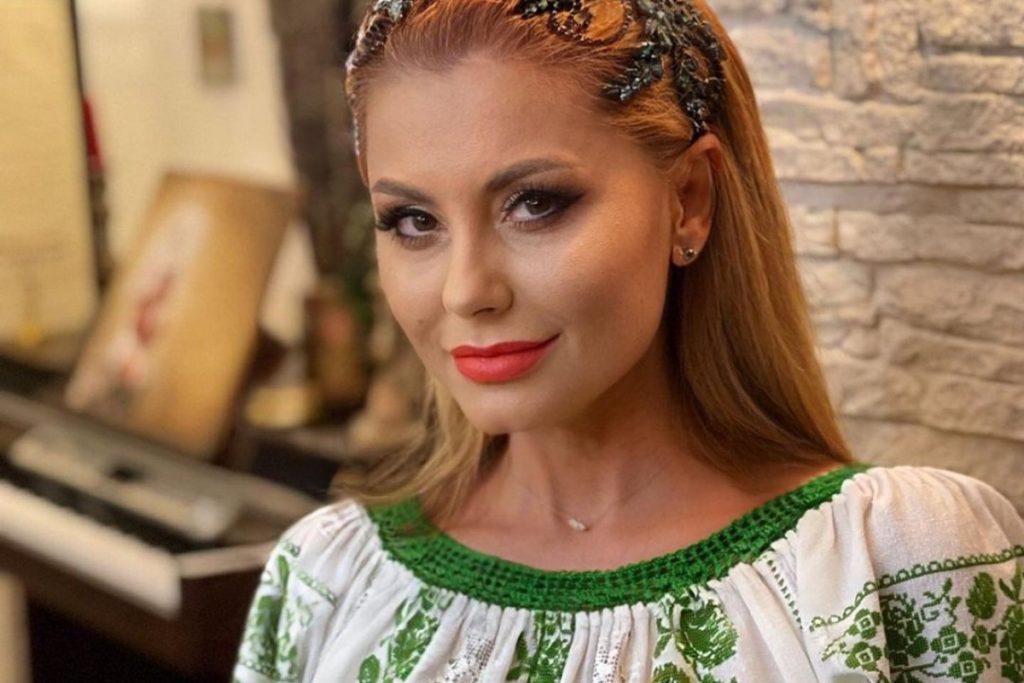 Ce a ajuns să facă pentru bani Emilia Ghinescu după ce nu a mai avut cântări din cauza pandemiei de COVID-19