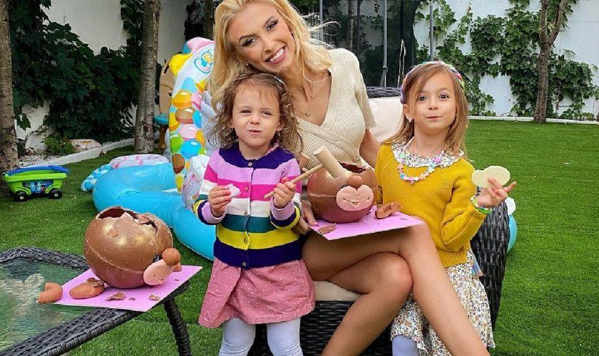 Andreea Bălan, dezvăluire neștiută despre fiicele ei. Puțini fani s-a gândit că face asta cu ele