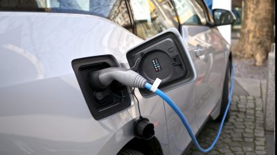 Cum intri în posesia subvențiilor de la stat dacă vrei să-ți cumperi o mașină electrică
