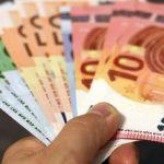 Salariile pe care le primesc românii în străinătate. Sunt peste 3 milioane în Italia, Spania și Marea Britanie