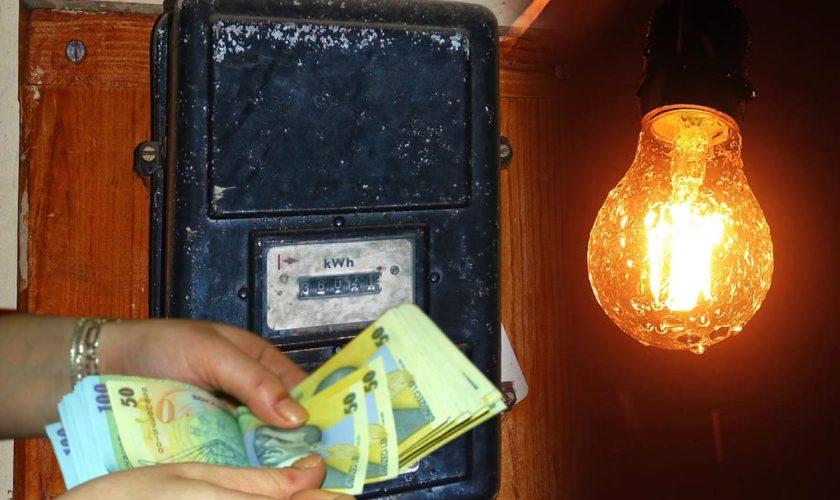 Factura colosală primită de un român din Sinaia. Nu i-a venit să creadă câte zerouri vede