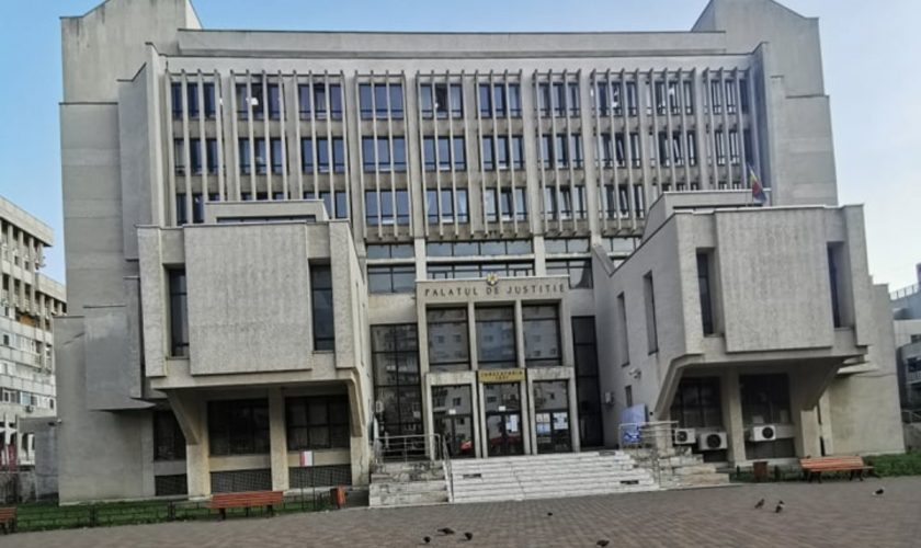 Motivul uluitor pentru care un bărbat din Iași a fost obligat să îi plătească 100.000 de euro fostei soții. Totul a pornit de la rețelele de socializare