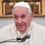 Cadoul care l-a lăsat mască pe Papa Francisc. Este cel mai inedit dar primit de suveranul pontif