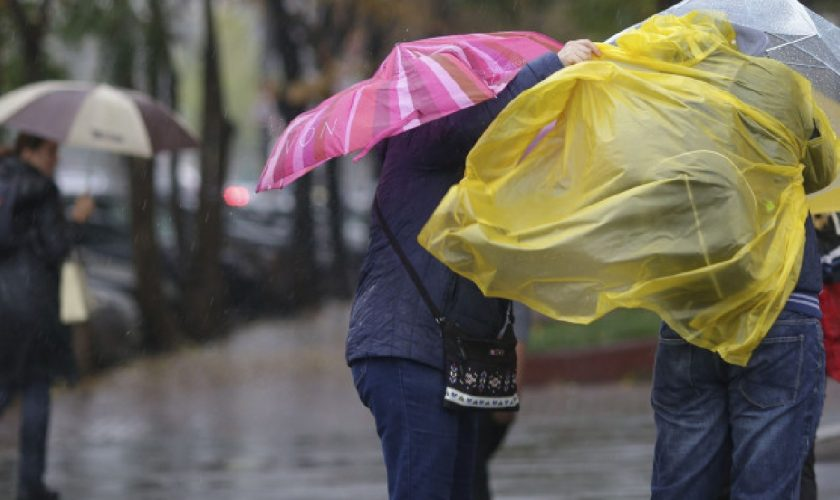 Meteo ANM. Când scăpăm de ploile abundente, de fapt. Vești proaste pentru români