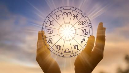 Horoscop miercuri, 4 august. Lumea este împotriva ta astăzi așa că mare grijă: Nu dezvălui nimănui detaliile