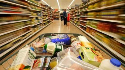 Românii, înselați de un lanț de supermarketuri! S-a dezvăluit totul în instanță