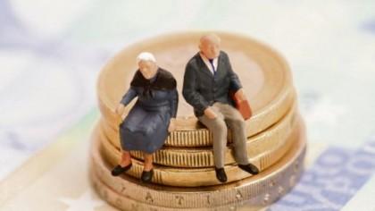 Lovitură imensă pentru cei care au pensie minimă. Ce se întâmplă cu banii