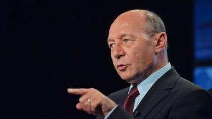Băsescu detonează nucleara: Fără pensii mărite! Concedieri masive! Ce alte soluţii-şoc mai are fostul preşedinte