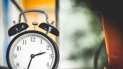 ORA de IARNĂ 2020. Se schimbă ora! Dormim mai mult sau mai puțin? Când are loc trecerea