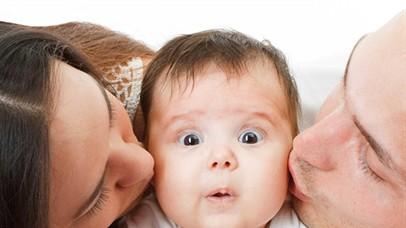 Greșeala extrem de periculoasă pe care o fac toți părinții din România! Combinația interzisă pentru copii