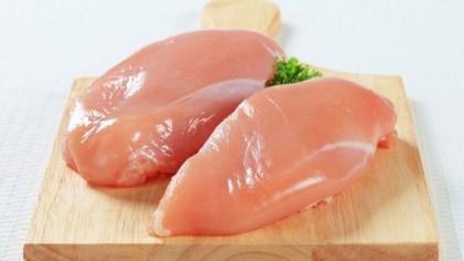 Medicii rup tăcerea. Ce are în ea carnea de pui? Diferența dintre piept și pulpă