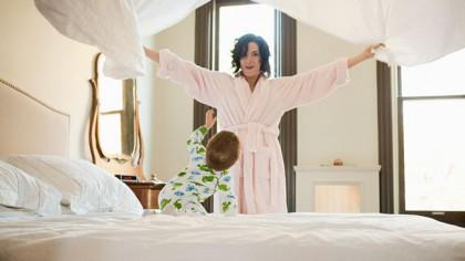 La cât timp este obligatoriu să-ți schimbi lenjeria de pat? Ce fac bărbații este rușinos, arată un studiu