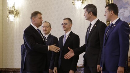 """Scandal USR - Iohannis. Atac fără precedent: """"O ia pe arătură"""""""