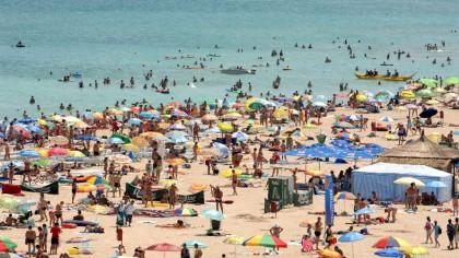 """Alertă pe litoral! Un nou drog face ravagii printre turiști. Ce este """"Funny gas"""" și cum să vă feriți de el"""