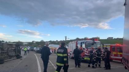 Accident grav în România. S-a activat PLANUL ROȘU! 13 persoane au ajuns la spital