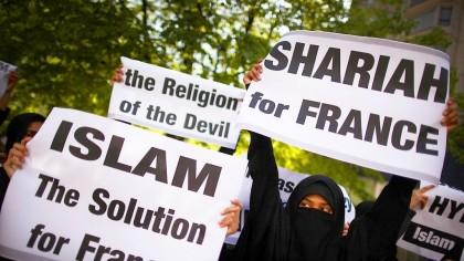 Bomba cu ceas care amenință să arunce Franța în aer. Islamismul radical nu e singurul pericol