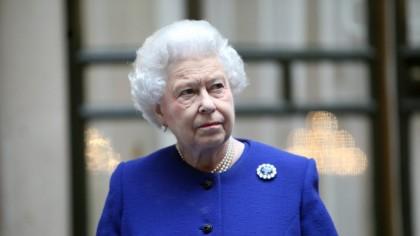 Monarhia se află în PERICOL! Regina Elisabeta a comis o greșeală fatală. Este război total la palat