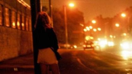 Exploziv! Scandal internațional cu prostituate românce. Printre clienți, preoți, vedete TV și politicieni