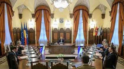 Decizia luată chiar acum de Klaus Iohannis! Întâlnire de urgență