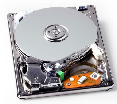 Toshiba, stocare, unitati de stocare, hard disk, densitatea datelor, modele de biti, bit patterned, Single Magnetic Recording, SMR, viitorul hard disk-urilor, Western Digital, Hitachi, Seagate