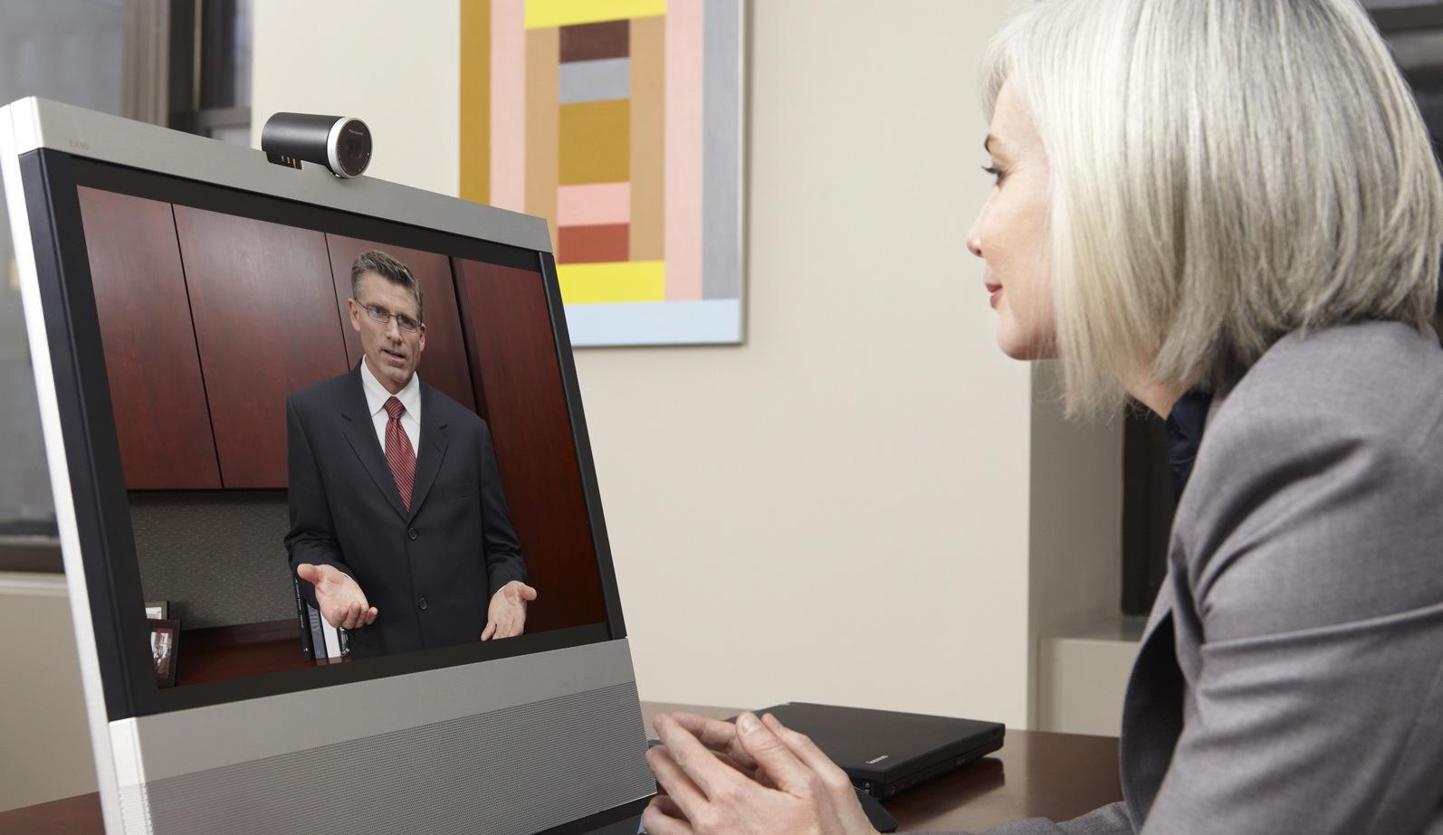 http://playtech.ro/wp-content/uploads/2010/09/TANDBERG-EX90-In-Use-4.jpg