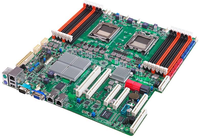 Placile Asus KCMA-D8 si KCMR-D12, pentru serverele bazate pe socket-ul C32 de la AMD