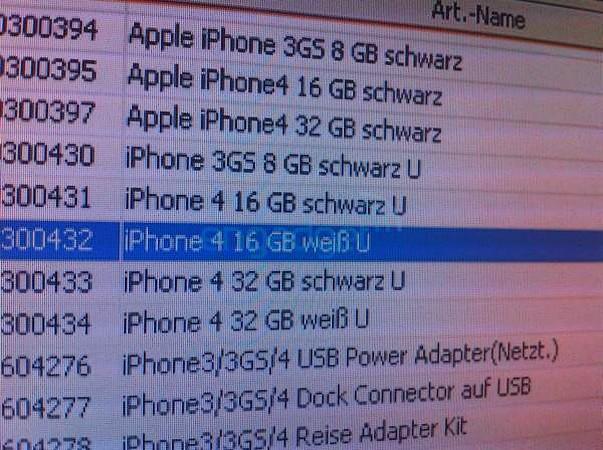 iPhone 4 alb se lasa zarit