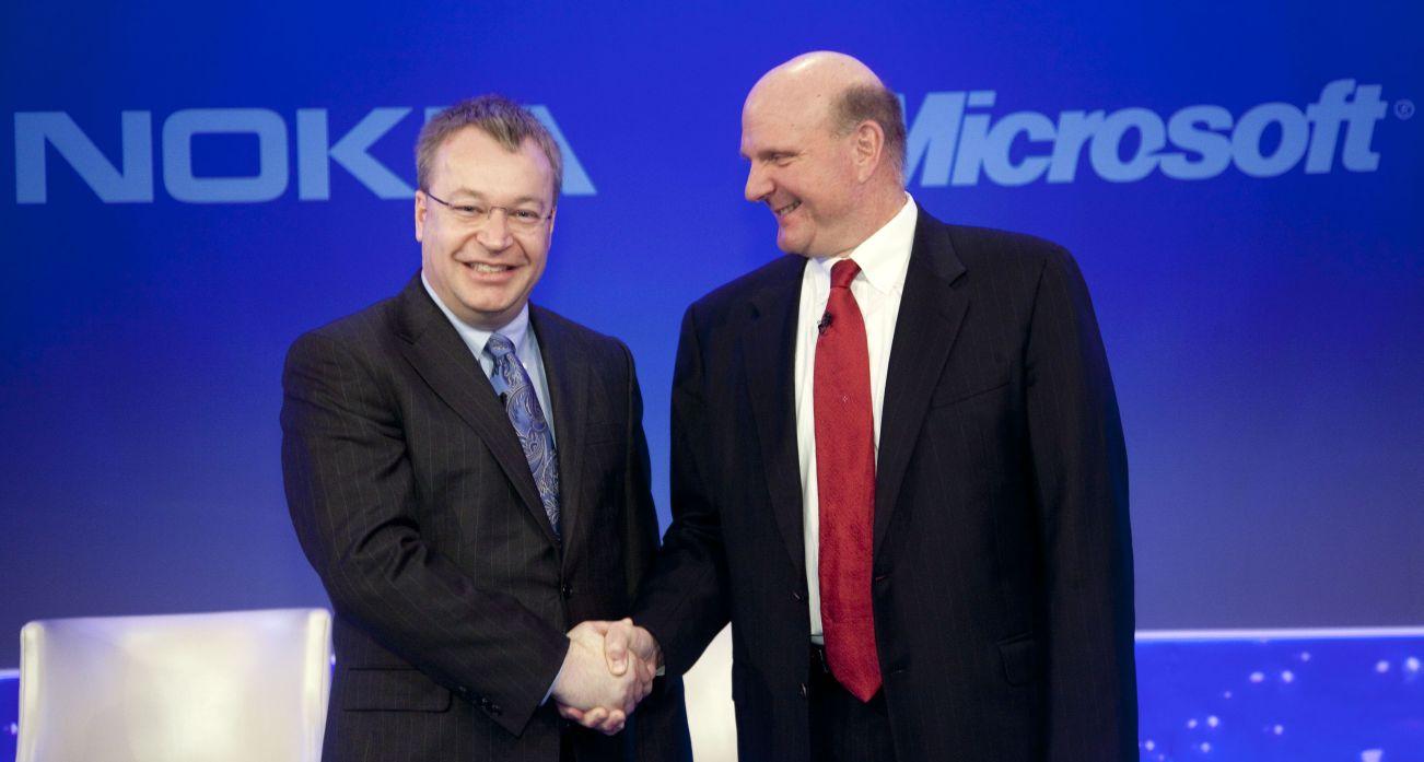 Microsoft a convins Nokia sa nu renunte la Symbian, pentru 1 mld. dolari!