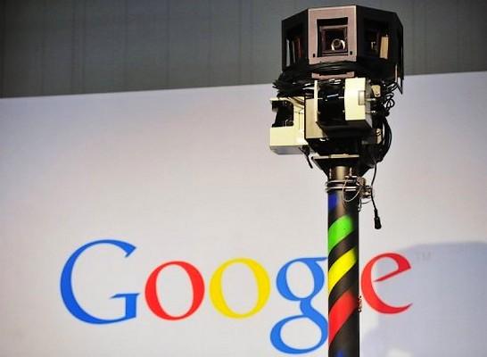 Franta amendeaza Google cu 100.000 euro