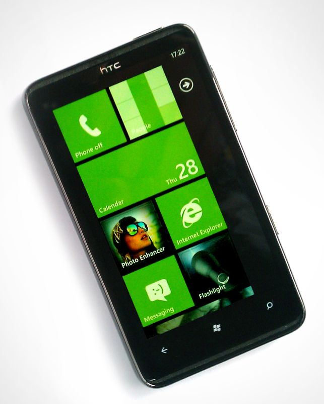 HTC HD 7: Windows Phone 7 la maximum [Review]