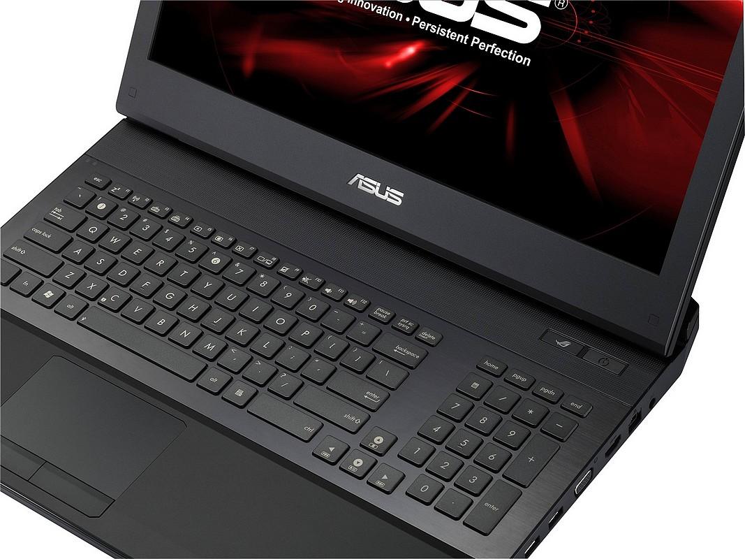 ASUS lanseaza G74SX-A1 – laptop serios de gaming