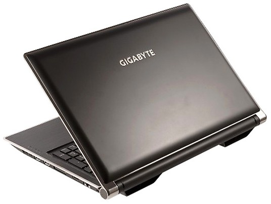 Din iunie, Gigabyte are un nou laptop de gaming – P2532