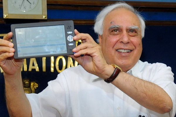 In India se va lansa o tableta cu… 35 de dolari