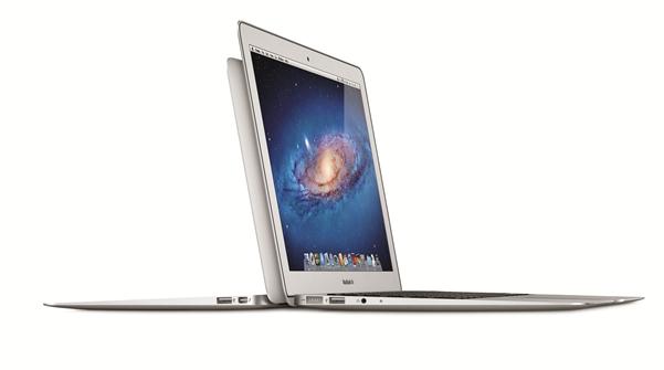 MacBookAir_Hero_1_PRINT